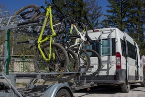 mountain bike transport trailer